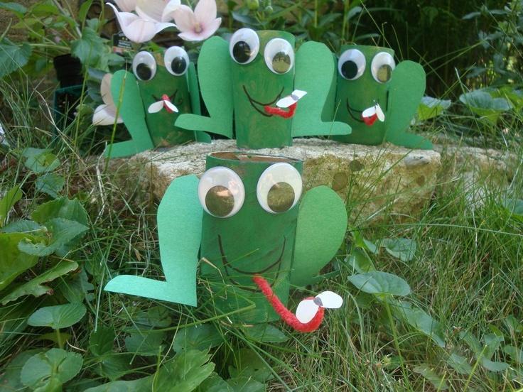 Paper Tube Frog