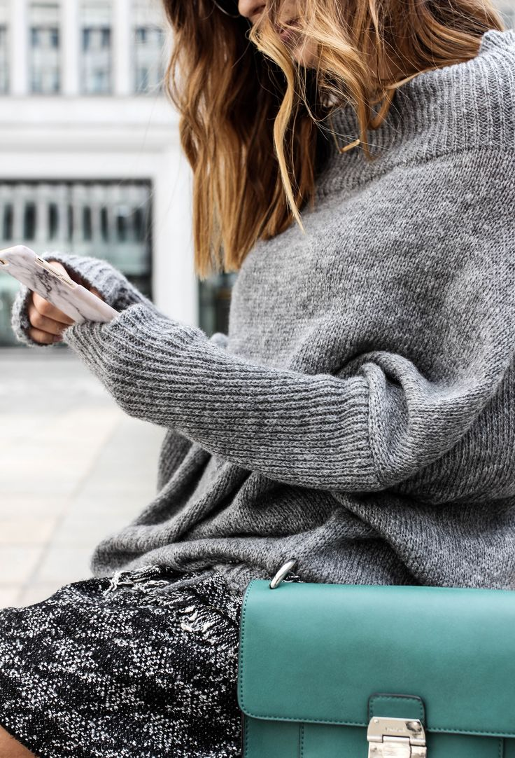 #SWEATER #OVERSIZE #AUTUMN #TRENDS #GREY #OOTD #FASHION #GIRL #STREETFASHION #ILPIU #ZARA #DIOR
