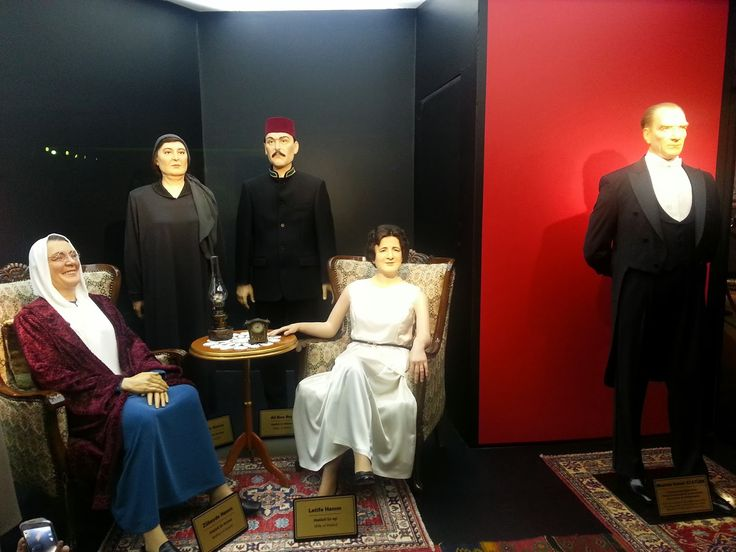 yılmaz büyükerşen - Anadolu'nun Balmumu Heykeller Müzesi!