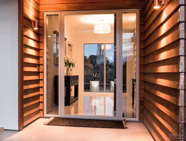 Modern show home in Oamaru with five bedrooms, large living area, cedar-lined entry