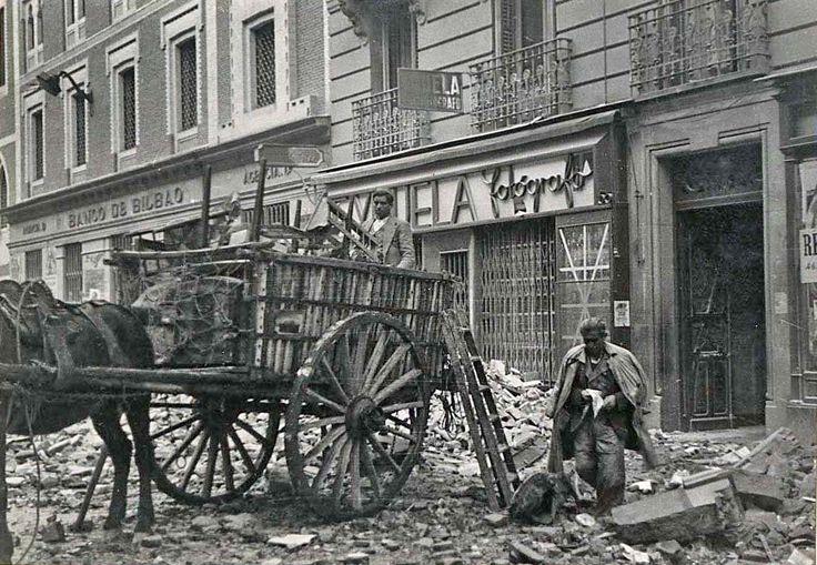 Calle Toledo, Madrid - Portal Fuenterrebollo
