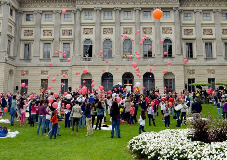 I giardini della Villa Reale nel momento del lancio dei palloncini!!