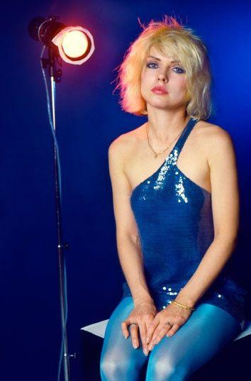 Pin By Debbie Smith On Bathroom Ideas In 2019: Blondie - Debbie Harry — Debbie Harry