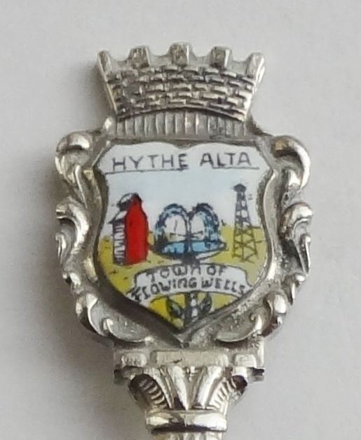 Collector Souvenir Spoon Canada Alberta Hythe Town of Flowing Wells