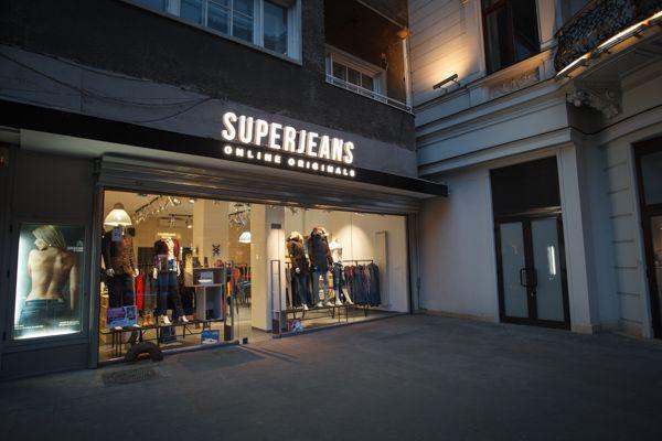 The best jeans store in Bucharest Romania - SUPERJEANS - www.SUPERJEANS.ro