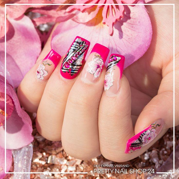 #nails #nailart #trend #pns24 Kräftiges Pink, wird hier zusätzlich mit einer T… <a class=