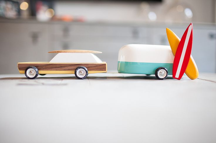 I have Candy Labs 'Carbon 77' on my desk, but now I want 'Woodie' and caravan.