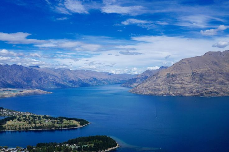 Queenstown! The Ultimate Must See Place in New Zealand!