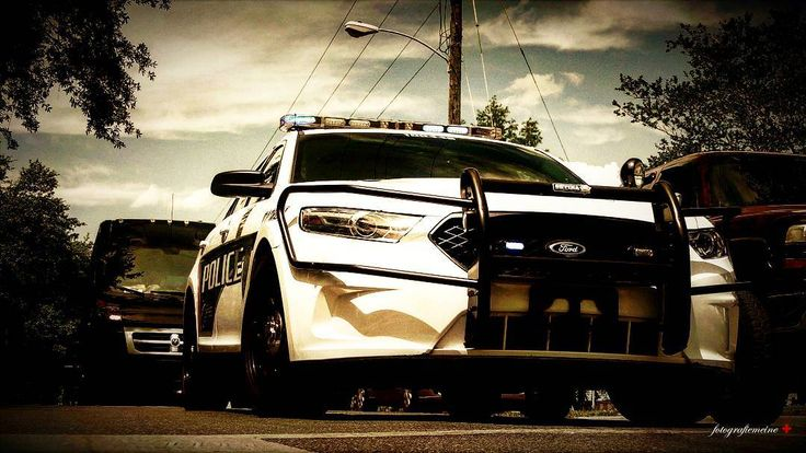 Polizei. 22.04.2017. ¤ #photography #foto #photo #deutsch #america #tallahassee #fsu #gonoles #florida #floridastateuniversity #college #university #universität #car #cars #police #polizei #cops #cop #traffic #lawenforcement http://tipsrazzi.com/ipost/1507774568110382227/?code=BTssPstllyT