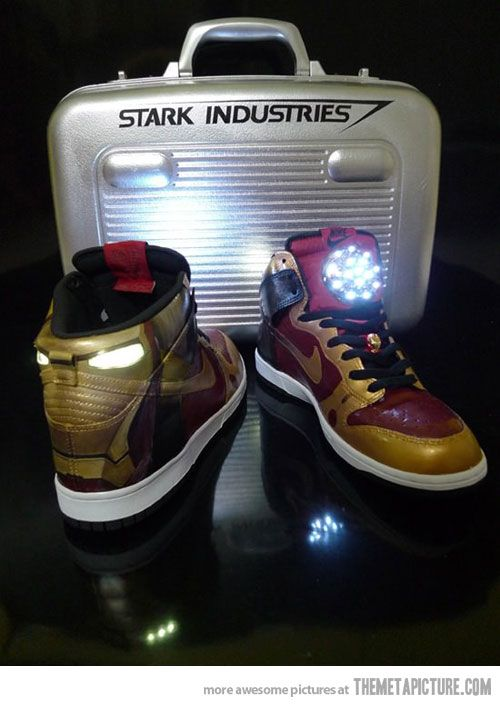 Iron Man Nike shoes   Fully fit with pulsar rays.