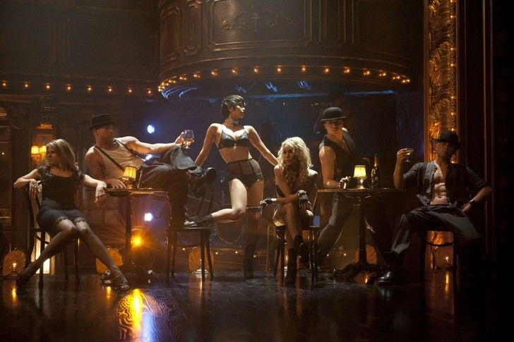Burlesque (2010) From(l to r) Tara Hughes, Paul Kirkland, Paula Van Oppen (Anna), Tyne Stecklein (Jesse), TIMOR STEFFENS and Sean Van Der Wilt in Screen Gems' BURLESQUE. Photo by Stephen Vaughan. https://youtu.be/vyML3Kd5wXs