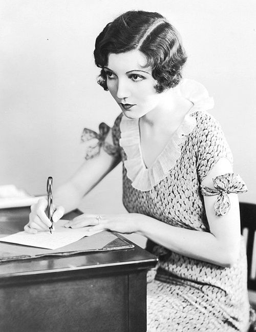 Claudette Colbert--What a sweet dress! Would love this kind of look for Constance. Not the sleeves, but that ruffle around the neck. So sweet