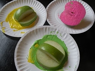 PERFECT idea for stamping with apples!