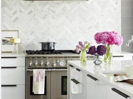 Tile tile tileIdeas, Back Splashes, Herringbone Tile, Marbles, Kitchens Backsplash, Modern Kitchens, White Cabinets, Design, Modern White Kitchens