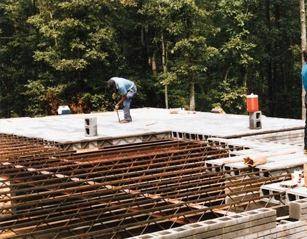 Building A Concrete Block Roof Concrete Blocks Cinder Block House Concrete Houses