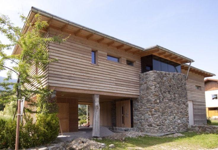 Tirolia blockhaus holzhaus design mit stein haus und - Bauhaus weinregal ...