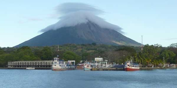 Moyogalpa, Isla Ometepe. Travel Guide with Description, Pictures and detailed Map with Hotels in Moyogalpa