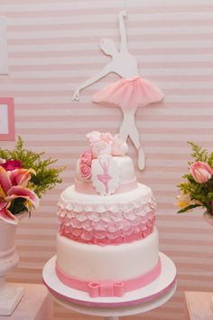 Decoração de bailarina para chá de bebê é super delicado! Fica lindo, fofo e rosa - como a festinha que toda menininha merece ainda na barriga! Veja fotos!