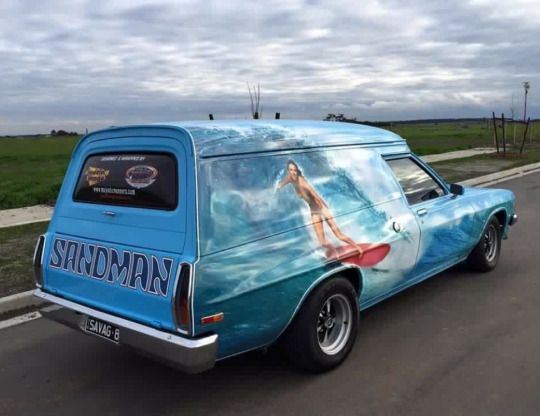 HOLDEN SANDMAN PANEL VAN