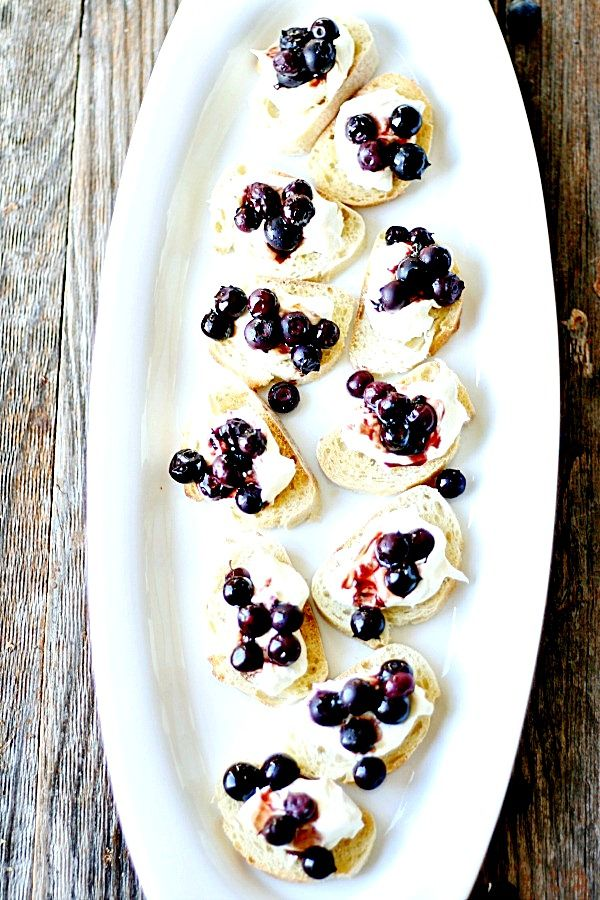 Balsamic Roasted Blueberries and Homemade Ricotta Crostini ...