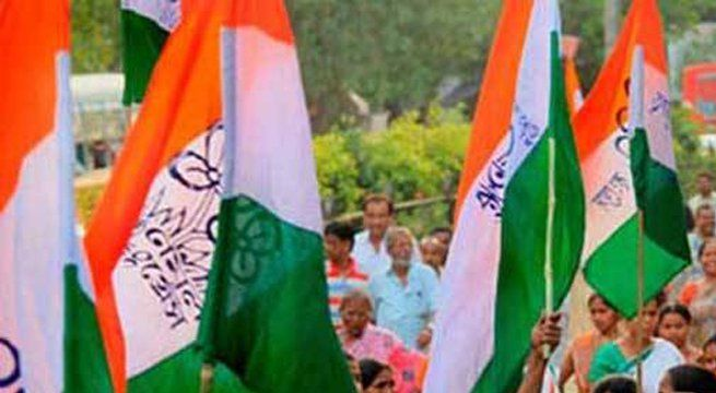 "New Delhi: Trinamool Congress MPs on Thursday staged a dharna in front of the Mahatma Gandhi statue in the Parliament complex against the killings of Indians in the US. Carrying placards with slogans such as ""All Indians are our brothers and sisters, stop attacking them in the USA"",..."