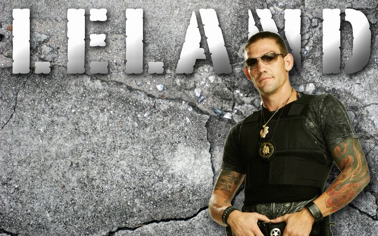 Pretty much the only reason I watch Dog the Bounty Hunter.. <3