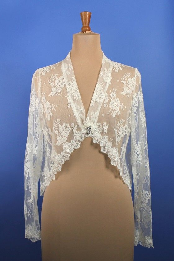 Long Sleeved Lace Shrug – Richard Designs