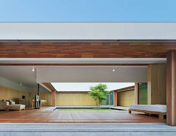 The Cloister Minimalist Japanese House Design by Tezuka Architects