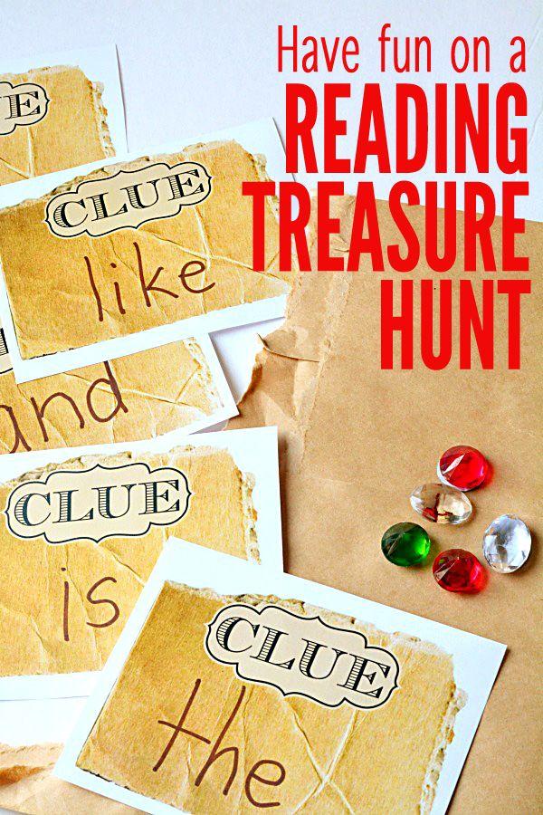 Check out these FREE reading printables to do a fun reading treasure hunt! A perfect inside activity for a wintry day!