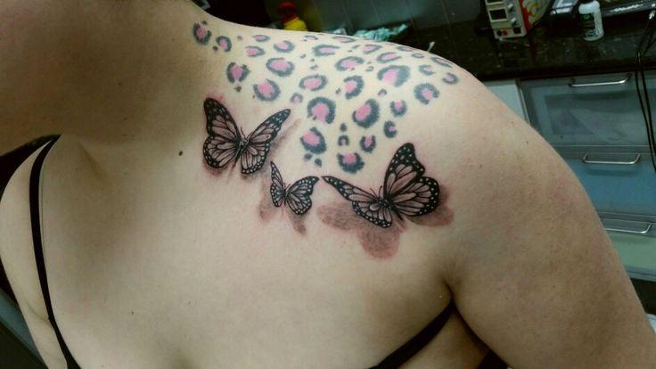 coyote tattoo #tattoo #tatuajes #coyotetattoo #tattoocolor #tattoofamosos #tattoofamous  www.coyotetattoo.com