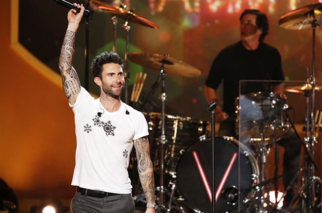Chart Highlights: Maroon 5, Kelly Clarkson Debut; Cage the Elephant Tops Alternative Songs