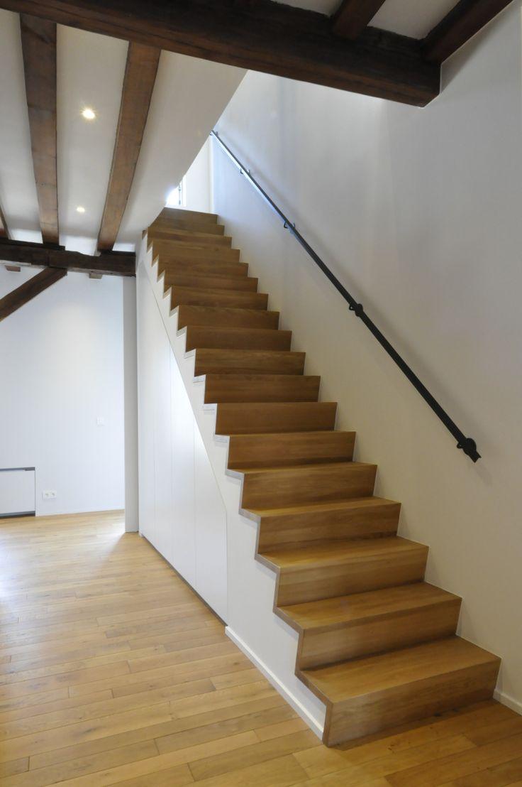 25 beste idee n over ruimte onder de trap op pinterest bureau onder trap schappen onder trap - Versier een trap ...