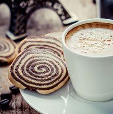 Νόστιμα, εντυπωσιακά και τραγανά μπισκοτάκια βουτύρου που λιώνουν στο στόμα. Ιδανικά για τον πρωινό καφέ.