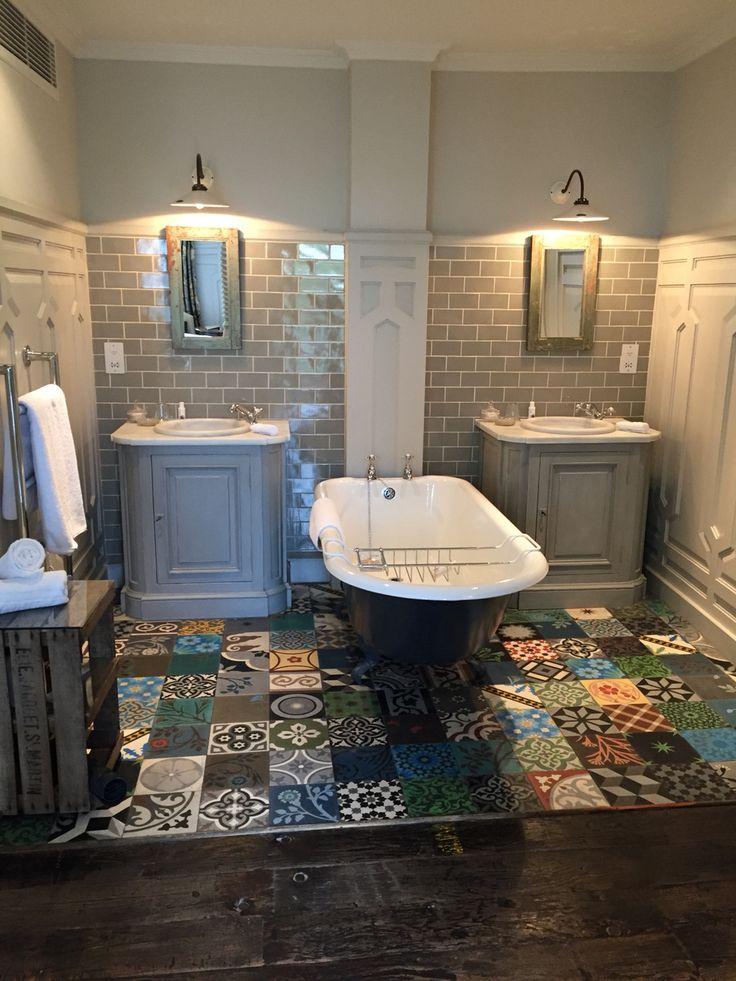 25 banheiros decorados com pastilha para você se inspirar
