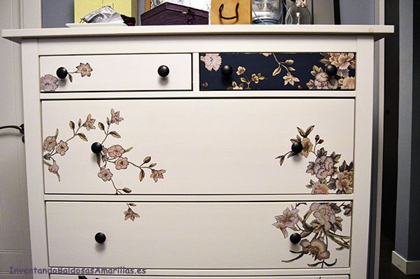 Cómo personalizar tu comoda de Ikea con papel | Hacer bricolaje es facilisimo.com