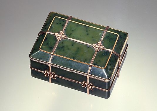 Box in the Form of a Banded Trunk  House of Carl Fabergé   Date: 1899–1908 Culture: Russian (Moscow) Medium: Nephrite, gold, ename, diamonds