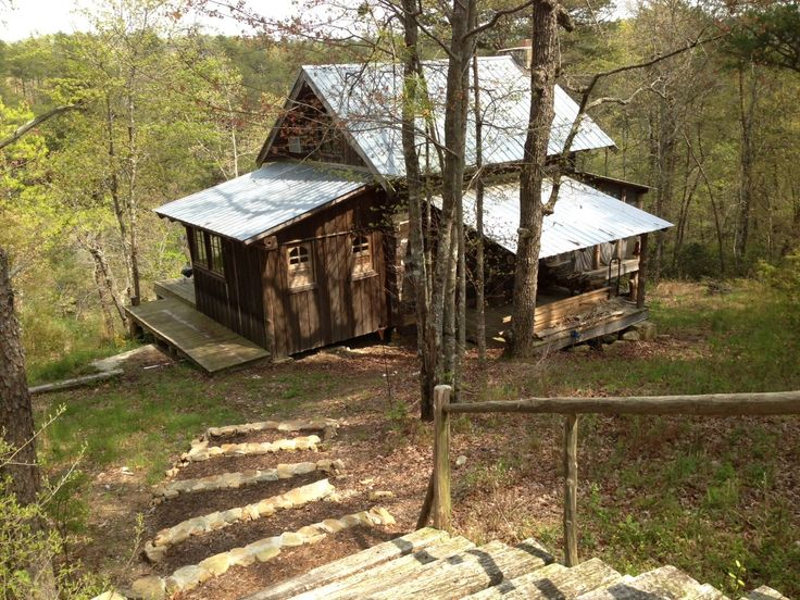 Restoring old tobacco barn mentone alabama little river for Log cabin builders in alabama