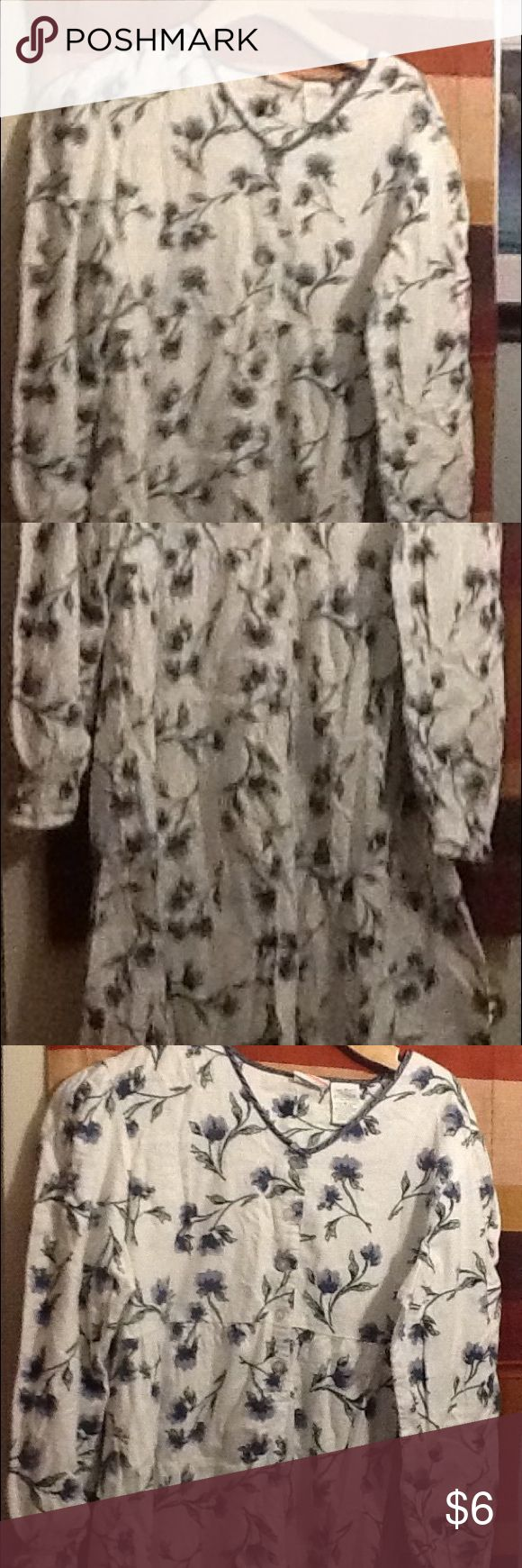 Women's pajama gown This is just women's pajama gown. It feels like a flannel material. It is long and long sleeves, with flowers. simply basic Intimates & Sleepwear Pajamas