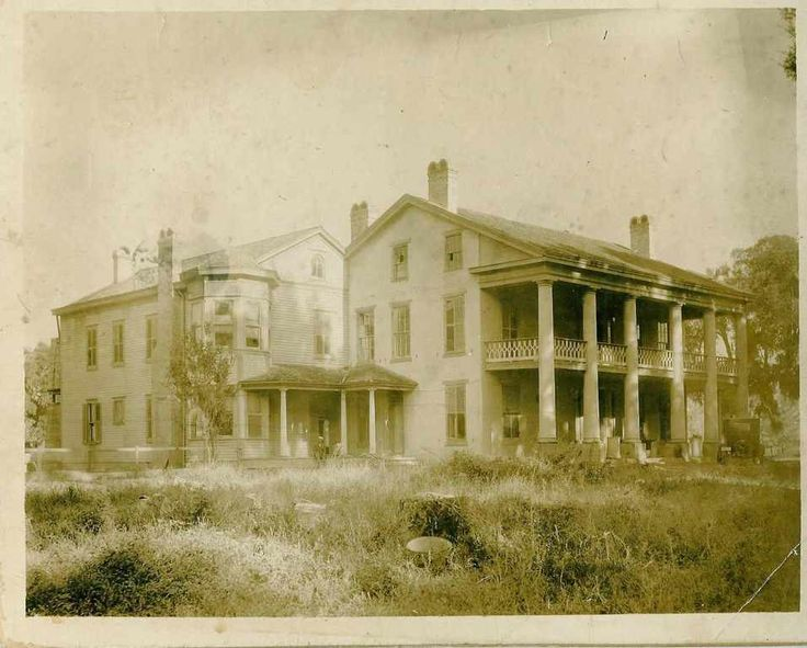 Bayside Plantation was built in 1850 for Francis Dubose ...