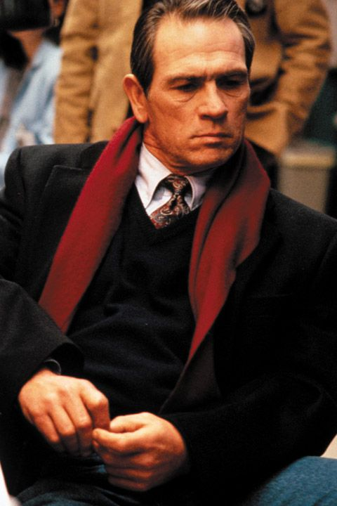 Deputy U.S. Marshal Samuel Gerard ( Tommy Lee Jones) in THE FUGITIVE, 1993.