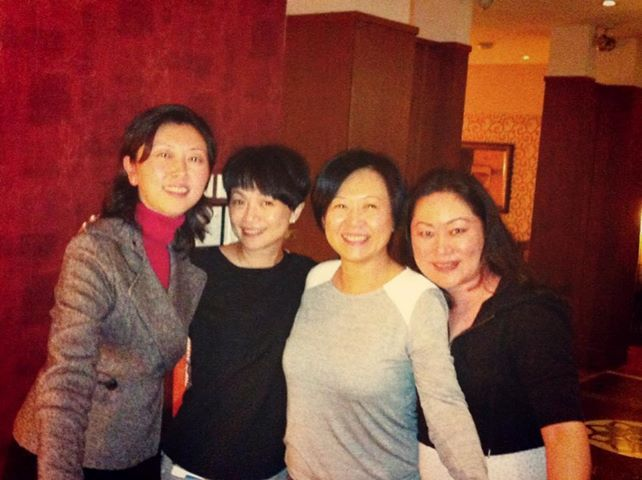 Leanne and the lovely ladies from Eastern China Airlines