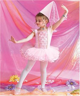 Ballerina Birthday Theme | Birthday Party Ideas for Kids great ideas I especially love the performance for parents and DVD