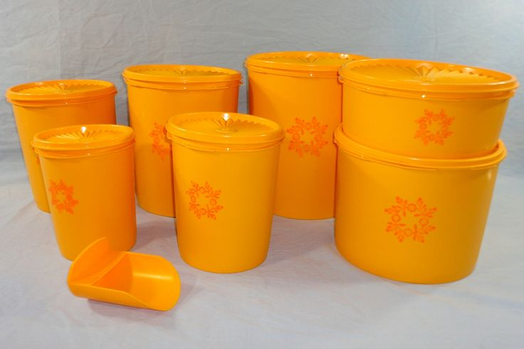 Vintage Tupperware Brand New Gold Yellow Orange Servalier Canister Set 15 Pieces $75 10/16