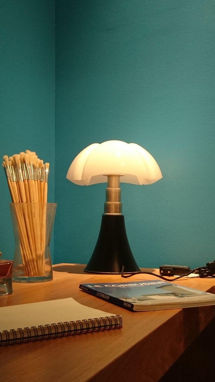 Pipistrello – Design Gae Aulenti - Martinelli luce  Prix : 730,00 € ttc petit modèle Prix : 1 248,00 € grand modèle - SOLDE - 30% = 875,00 €