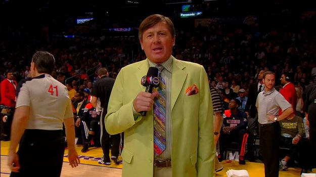 35 Horrifically Ugly Suits Worn By NBA Sideline Reporter Craig Sager