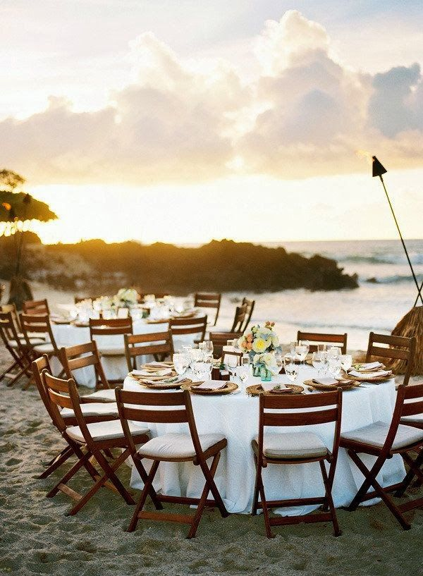 CHIC COASTAL LIVING: Hawaiian Beach Wedding http://www.visitcatalinaisland.com/weddings/venues/descanso-beach-club