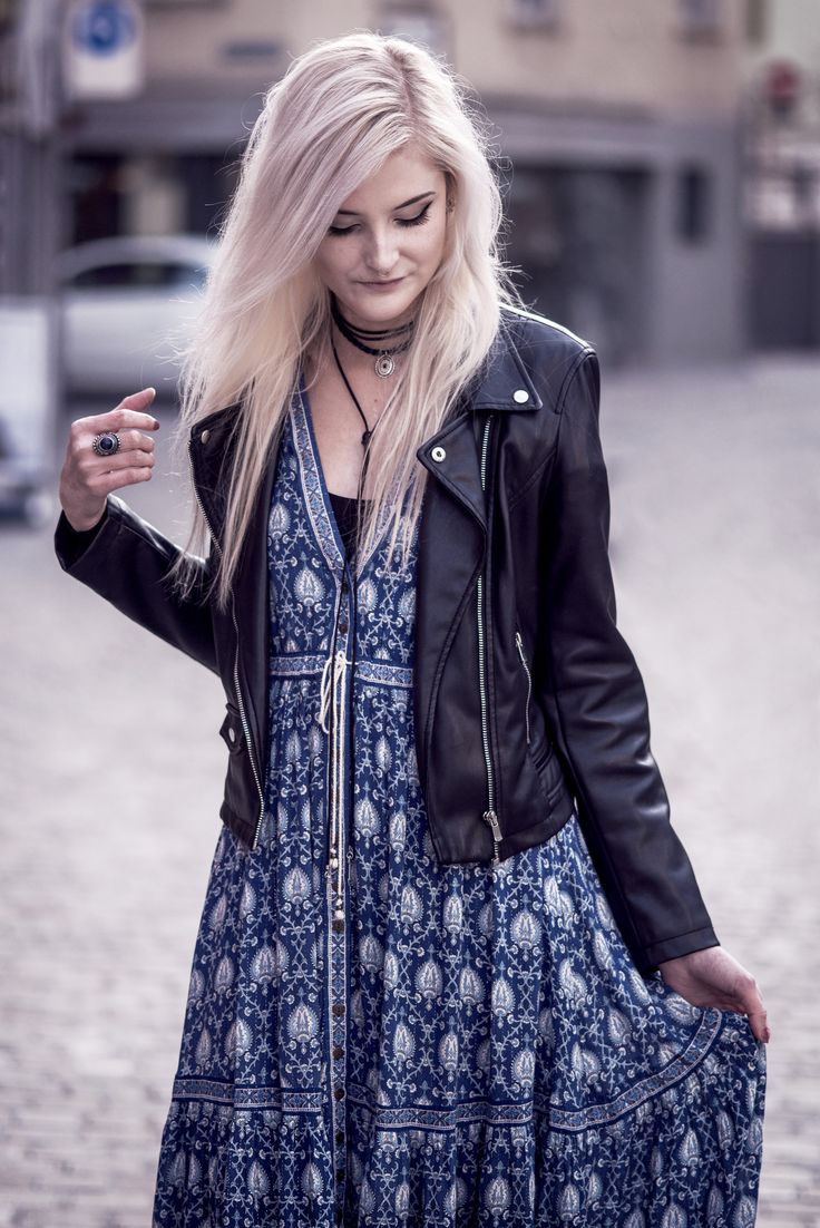 Faye Oracle #1  | My friend and blogger Faye wearing Spell Designs Oracle Dress | Moonlight Bohemian