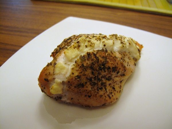 Dukan Garlic & Cheese Chicken Pocket  0% Cream Cheese   Chicken Breast   Garlic Powder   Salt