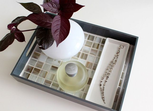 pretty tile trayBathroom Design, Modern Bathroom, Diy Tile, Bathrooms Decor, Tile Bathroom, Bathroom Decor, Mosaic Tiles, Mosaics Tile, Tile Trays