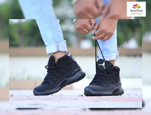 REPOST!!!  A pair of Imported luxurious Jordan sneakers for him.A signature of success and elegence.For orders[whatsapp:+919796553707][₹1549]#Watch #Imported #firstcopy #best #quality #price #fossil #ALDO #rolex #taghuer #brietling #leather #luxury #chronograph #likeforlike #likeforfollow #bestservices #black #diesel #Guess #like4like #like4follow #tag4like #tagsforlikes #armani #leather #luxury #India #jordan  Photo Credit: Instagram ID @retailnett.01